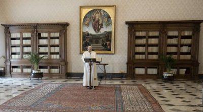 Regina Coeli: El Papa alienta a anunciar libremente el valor de la Vida y la Misericordia
