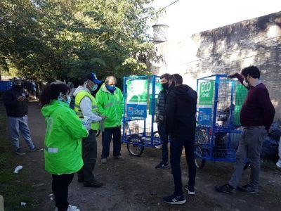 Eco Lomas: entregaron bicicarros a trabajadores de una cooperativa