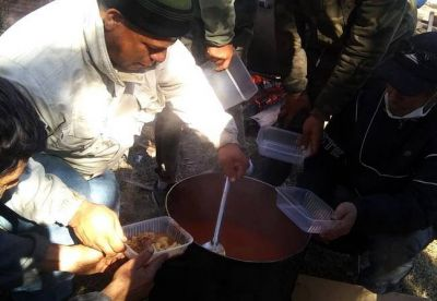 Protesta en el basural: Al no tener respuestas continúa el acampe de los más de 500 recicladores