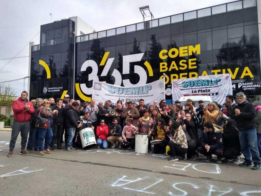 Realizarán una olla popular para reclamar por 47 despedidos de la Municipalidad de La Plata
