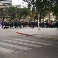 Crece la crisis del transporte en Córdoba y más de 500 choferes rompieron la cuarentena para protestar frente al municipio