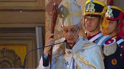 Alberto Fernández y el arzobispo Mario Poli encabezan el Tedeum