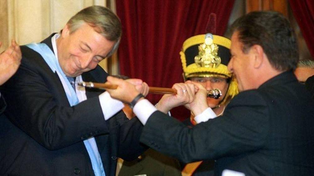 A 17 años de la asunción presidencial de Néstor Kirchner: los secretos, el peso familiar en la vuelta al poder del peronismo y el rol de Alberto Fernández