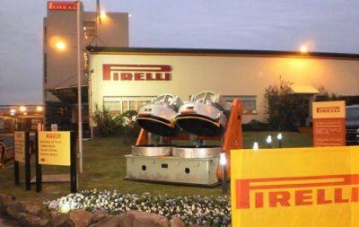 Merlo: la empresa Pirelli volvió a producir