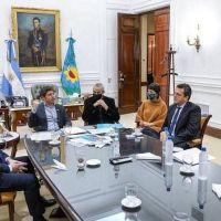 El bloqueo a la Villa Azul por los casos de coronavirus generó diferencias en el Gobierno y en los movimientos sociales