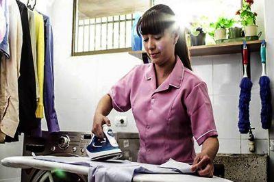 Dos de cada tres empleadores no abonó el salario completo a las empleadas domésticas durante la cuarentena