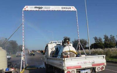 Instalaron un arco sanitizante que desinfecta a los vehículos que ingresan a Mar del Plata