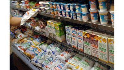 Alimenticias presionan con subas de hasta 15%, pero mayoristas y supermercados resisten
