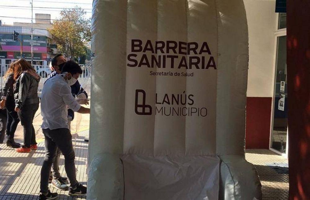 «Barrera sanitaria»: El nuevo túnel de desinfección en el centro de atención vecinal de Lanús