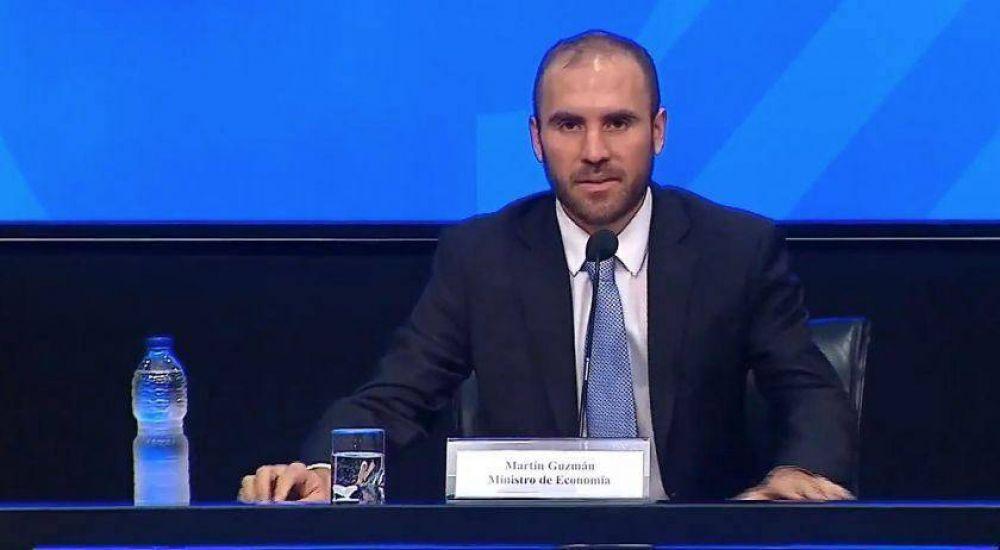 Guzmán dice que hay acercamiento con bonistas pero aún resta un camino para llegar a acuerdo