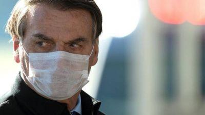Crece el rechazo a Bolsonaro en Brasil mientras el coronavirus se dispara