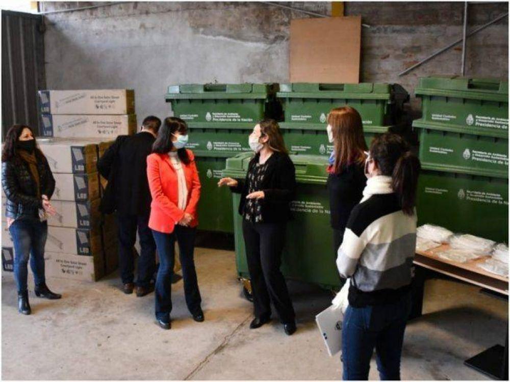 Nación envió equipos para el manejo de residuos e iluminación en los hospitales Perrando y Güemes