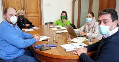 Viedma: ATE Río Negro acordó el blanqueo de $4000 para municipales