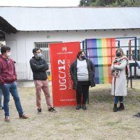 Lucas Ghi y Juan Cuattromo acompañaron la entrega de asistencia alimentaria en el Barrio Carlos Gardel
