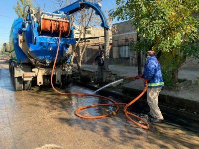 Lomas: limpiaron más de 200 bocas de tormenta para prevenir inundaciones