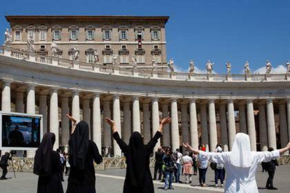 """El papa Francisco pidió trabajar contra la """"pandemia de la pobreza"""" y avanzar hacia una sociedad más equitativa"""