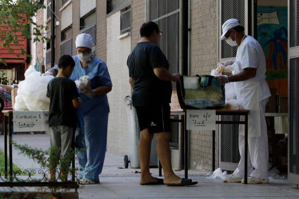 Coronavirus: denuncian sobreprecios en las canastas alimentarias que Larreta entrega a las escuelas