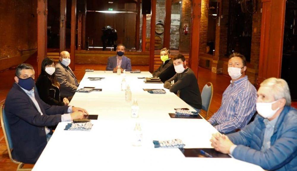 Stevanato se reunió con dirigentes sindicales