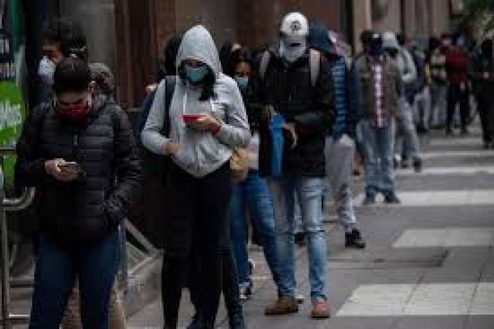 Golpeada por el coronavirus, la economía de Chile se desplomó 14,1% en abril y marcó su peor registro