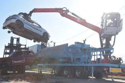 Ituzaingó   El Municipio comenzó a compactar chatarra y vehículos abandonados