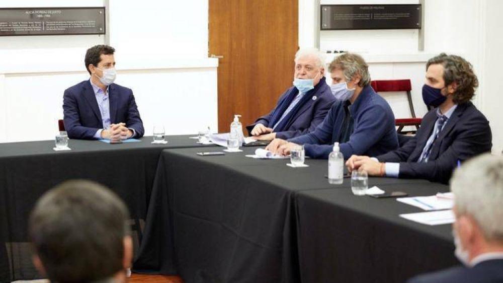 """Coronavirus en la Argentina: la cuarentena se mantendrá en el AMBA, pero se analizan medidas para """"oxigenarla"""""""
