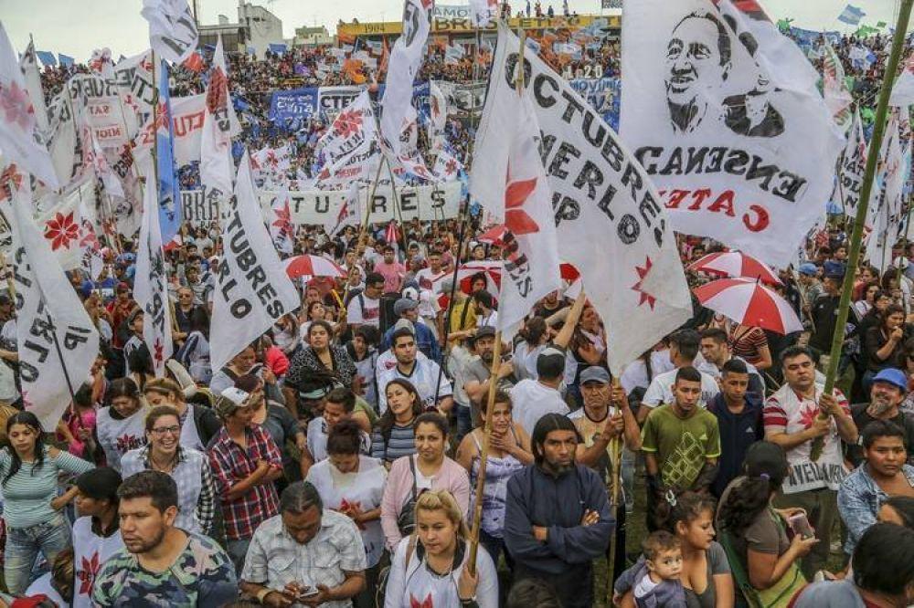La polémica propuesta para salir de la crisis que 103 movimientos sociales le entregaron a Alberto Fernández