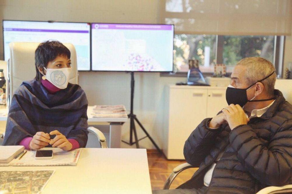 Mendoza y Ferraresi avanzan en la urbanización de Villa Azul