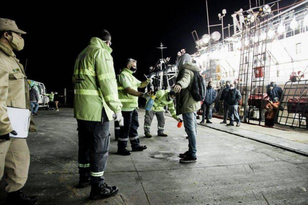 En el octavo día sin nuevos casos, se activó el protocolo con el regreso del buque Natalia