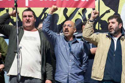 Uruguay: La PIT-CNT convocó a un paro general en contra de un proyecto de ley impulsado por el gobierno