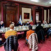 Kicillof se reunió con intendentes de la tercera sección antes del anuncio de una nueva prórroga de la cuarentena