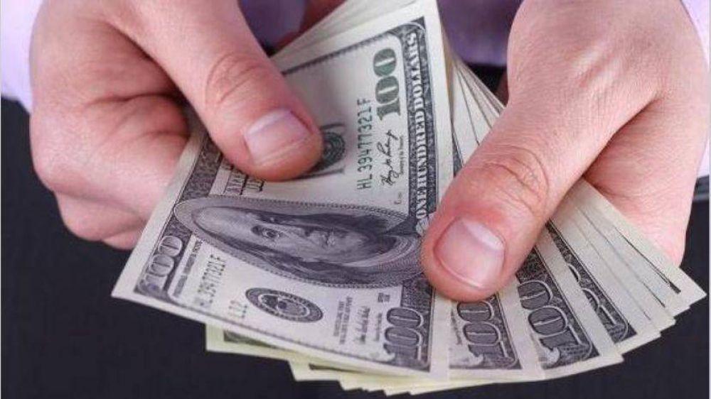 La Aduana, el último grifo que se cierra para quedarse con dólares