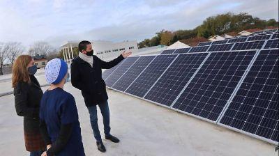 Instalaron paneles solares en el Hospital de Santa Teresita para funcionar con energías limpias