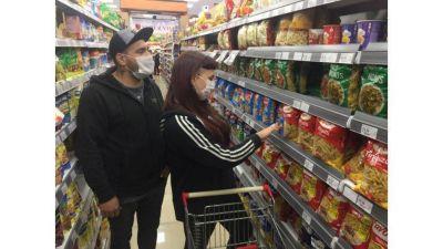 Efecto Pandemia: supermercados de barrio caen 10% en mayo y los híper siguen
