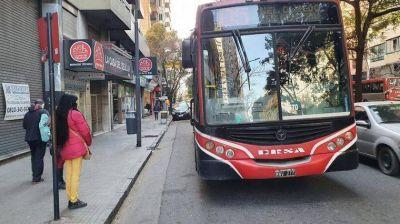 Transporte urbano: quiénes podrán seguir viajando gratis