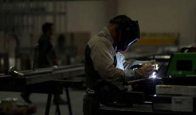 El empleo registrado sufrió en abril la mayor baja de los últimos 18 años y se proyecta un próximo trimestre muy contractivo