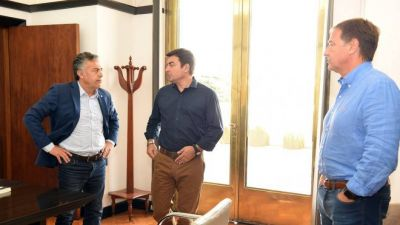 El macrismo le pide a Suárez que no se preste a negociar la continuidad de Portezuelo con el Gobierno