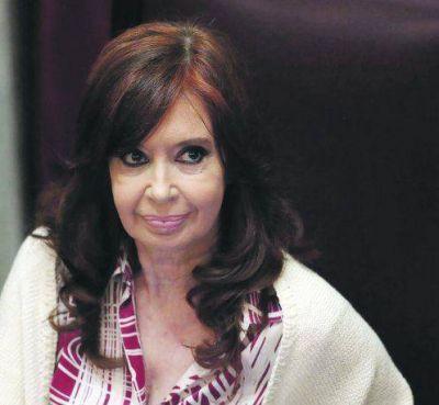 Cristina va a Lomas y será querellante por espionaje AFI