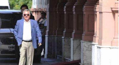Barrionuevo, Moyano y la interna de Comercio, entre los objetivos del espionaje macrista