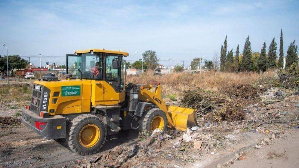 Retiraron 1.200 toneladas de basura en un barrio de Córdoba