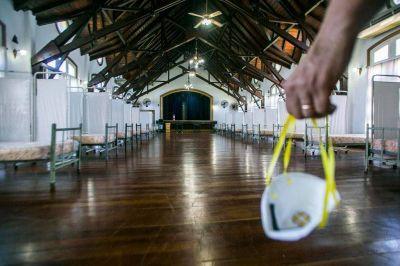 La Provincia evalúa el uso de los hospitales de campaña, mientras crecen los contagios