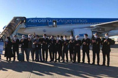 Aerolíneas suspenderá un 40% de los tripulantes de cabina, pero cobrarán íntegro el salario