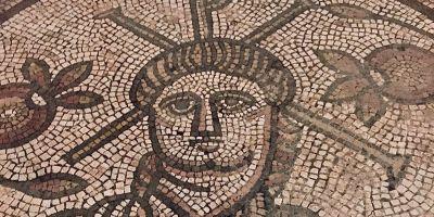 La imagen más antigua de Jesús en mosaico… ¡sin barba!