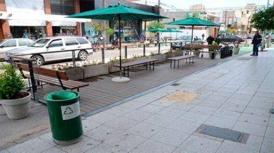 Proponen la instalación de decks para restaurantes y cervecerías de calle Olavarría