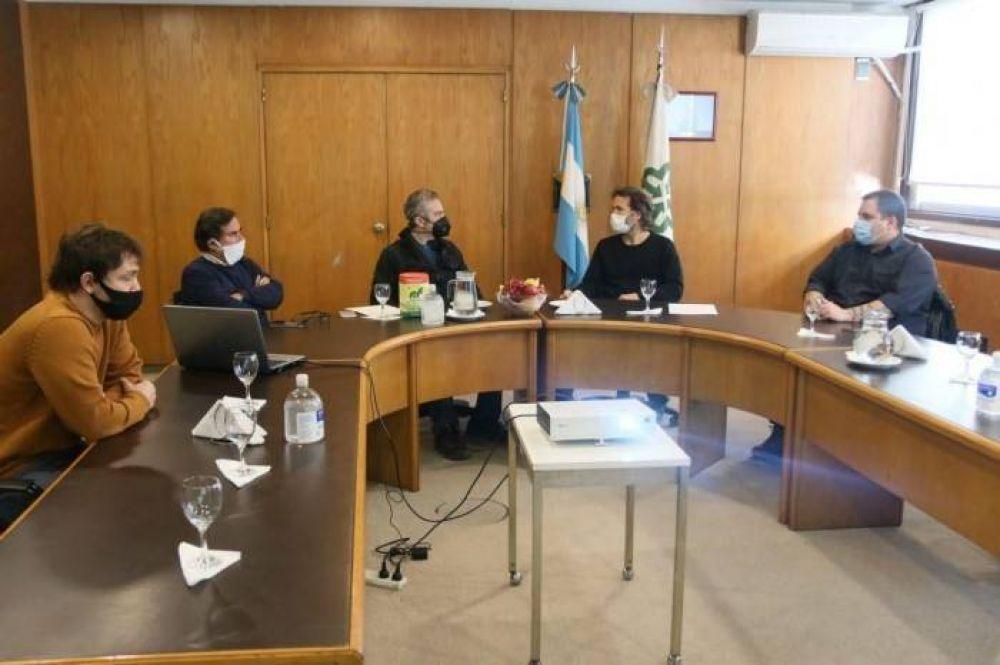 Acuerdo entre el Mercado Central y el Ministerio de Desarrollo por políticas alimentarias para los Bonaerenses