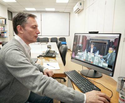 Fernando Gray e intendentes en videoconferencia con Axel Kicillof