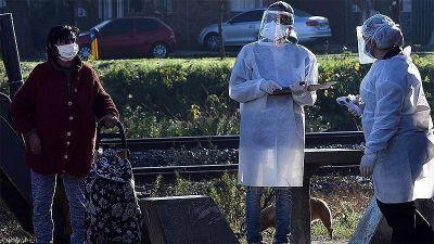 Intensifican la búsqueda de casos de coronavirus tras contagios masivos en un barrio de Tigre