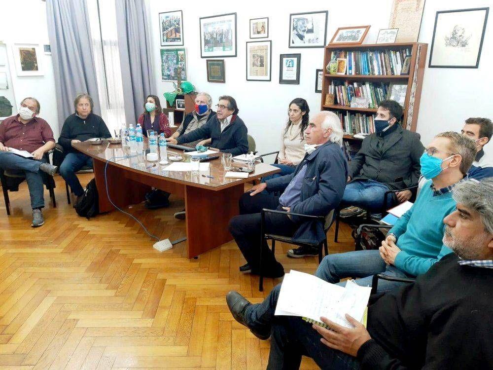 Se creó un Frente Político-Sindical con el objeto de crear alternativas para la salida de la crisis