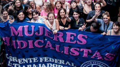 Mujeres sindicalistas quieren discutir las condiciones del teletrabajo