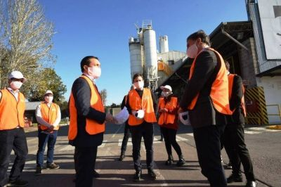 Watson y el ministro de Producción visitaron empresas varelenses