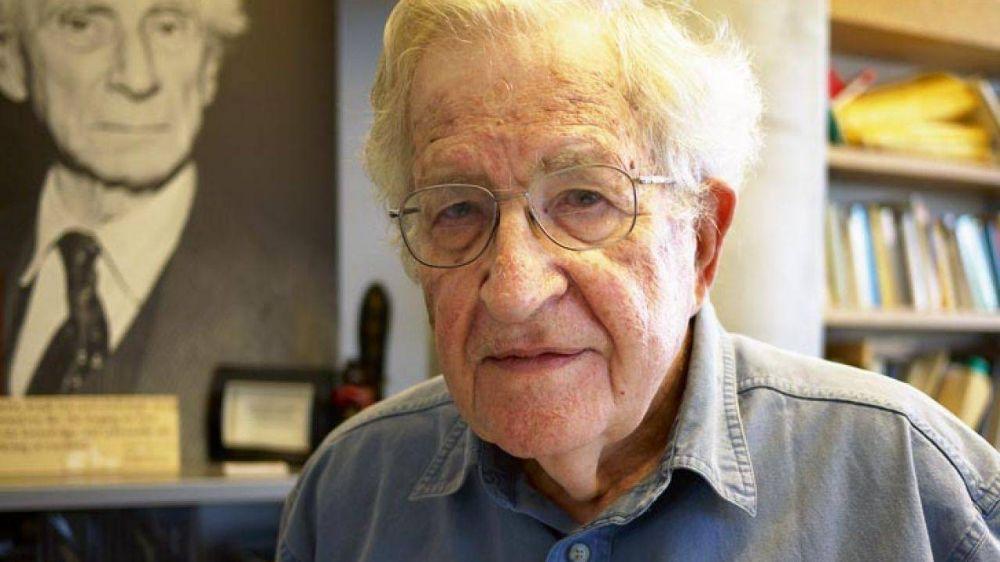 Noam Chomsky propone una salida ecológica a la pandemia